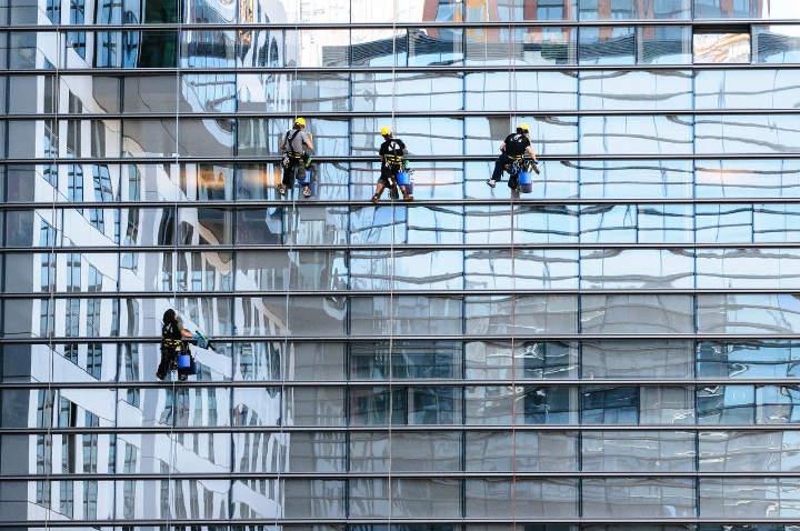 Fassadenreinigung von Alpin Hochreinigung